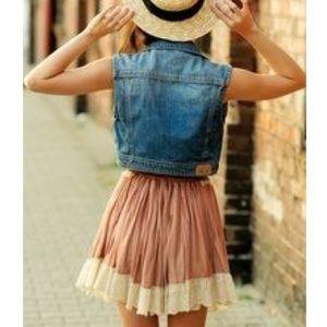 Jackets & Blazers - Vintage denim vest!